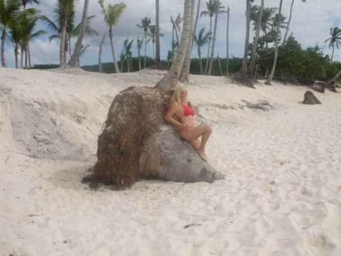 Cicciolina ai Caraibi